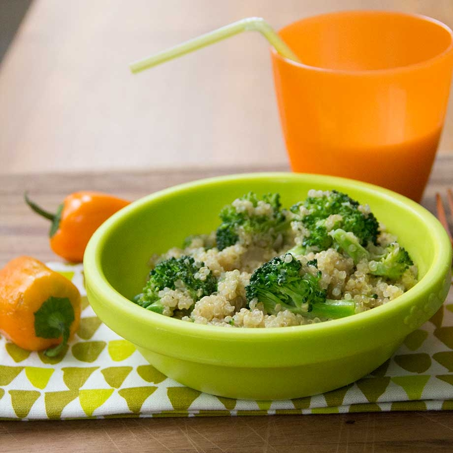 Cheesy Broccoli Quinoa by KiwiandBean.com