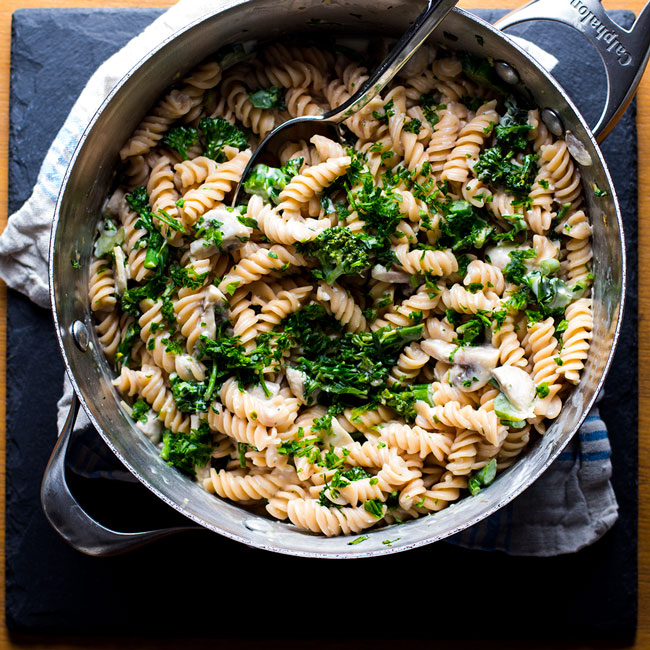 Creamy Boursin Rotini with Broccoli & Mushrooms | www.kiwiandbean.com