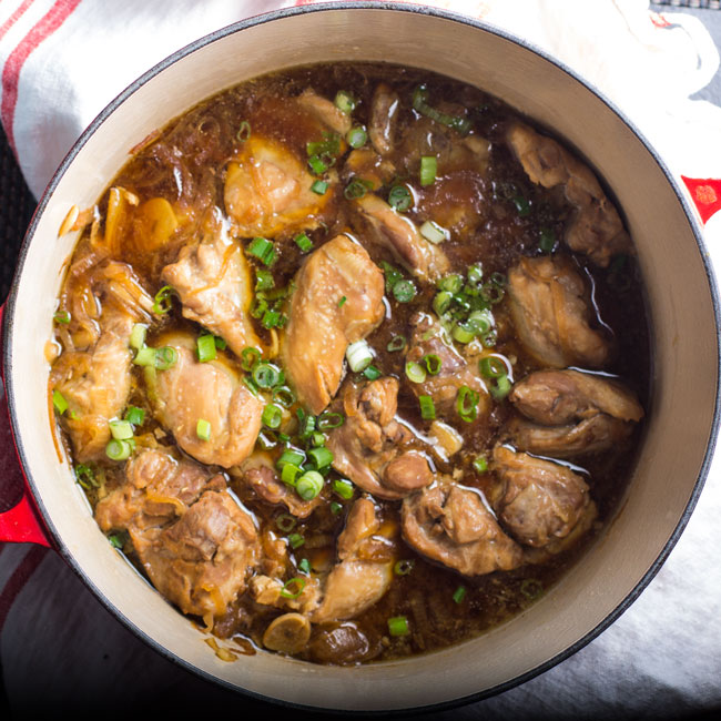 One Pot Chicken Adobo with Coconut Rice | www.kiwiandbean.com