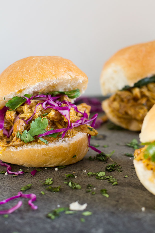 Slow Cooker Butter Chicken Sliders | www.kiwiandbean.com
